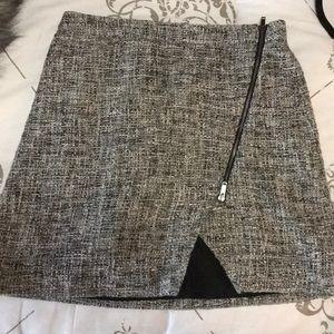 Banana Republic Tweed skirt - SZ 2